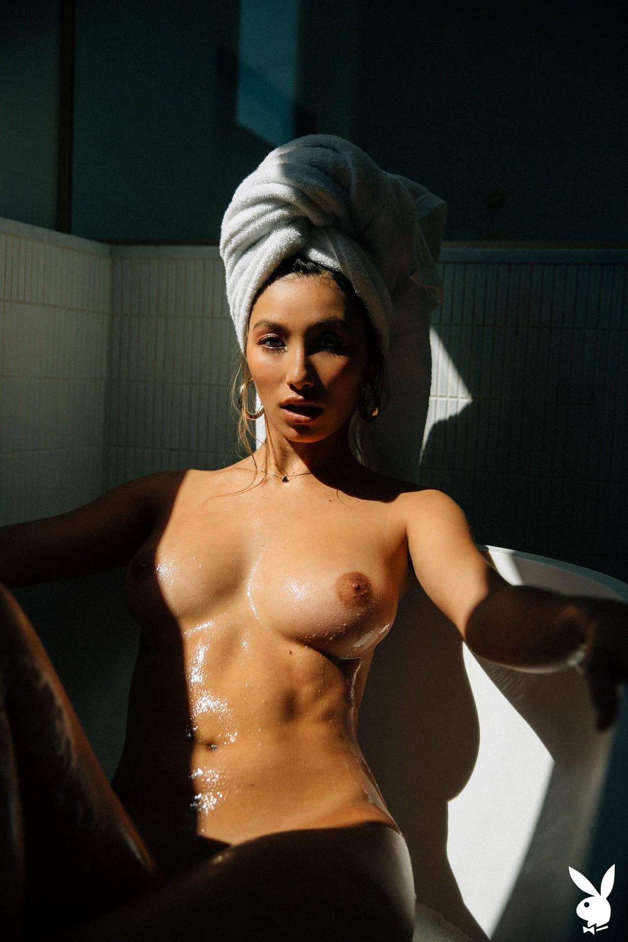 Dominique Lobito In En Suite Playboy Plus (24)