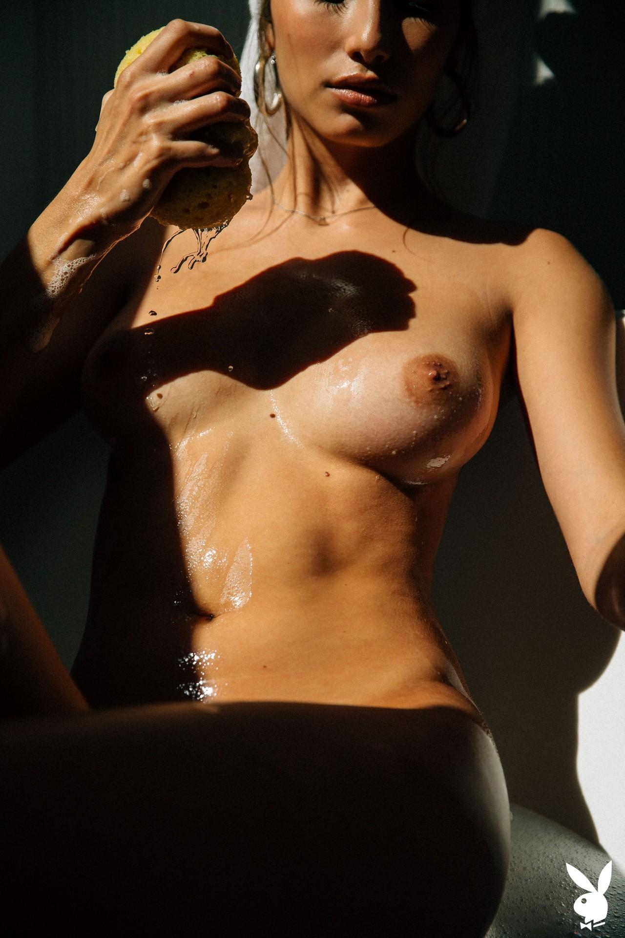 Dominique Lobito In En Suite Playboy Plus (25)