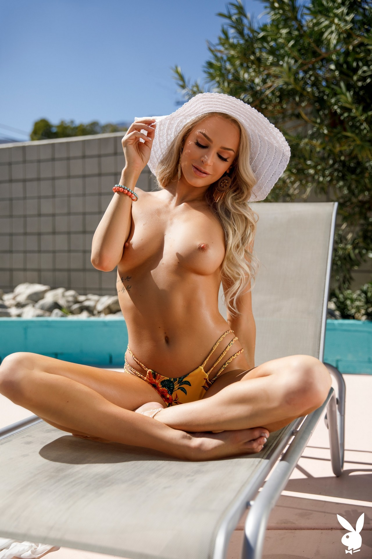 Emma Hix In Taste Of Paradise Playboy Plus (25)