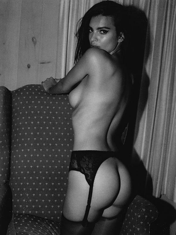Emily Ratajkowski Nude Lounging Photoshoot Leaked Lumgag
