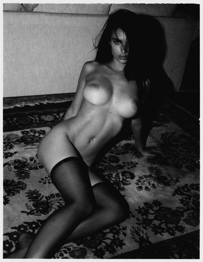 Emily Ratajkowski Nude Lounging Photoshoot Leaked Nmgqrd