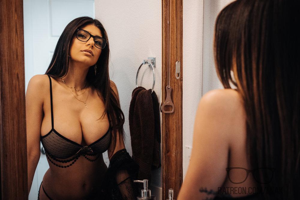 Mia Khalifa Lingerie Stiletto Heels Photoshoot Leaked 0007