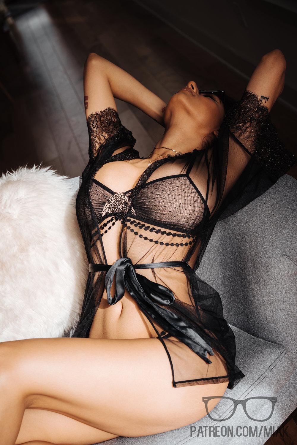 Mia Khalifa Lingerie Stiletto Heels Photoshoot Leaked 0023