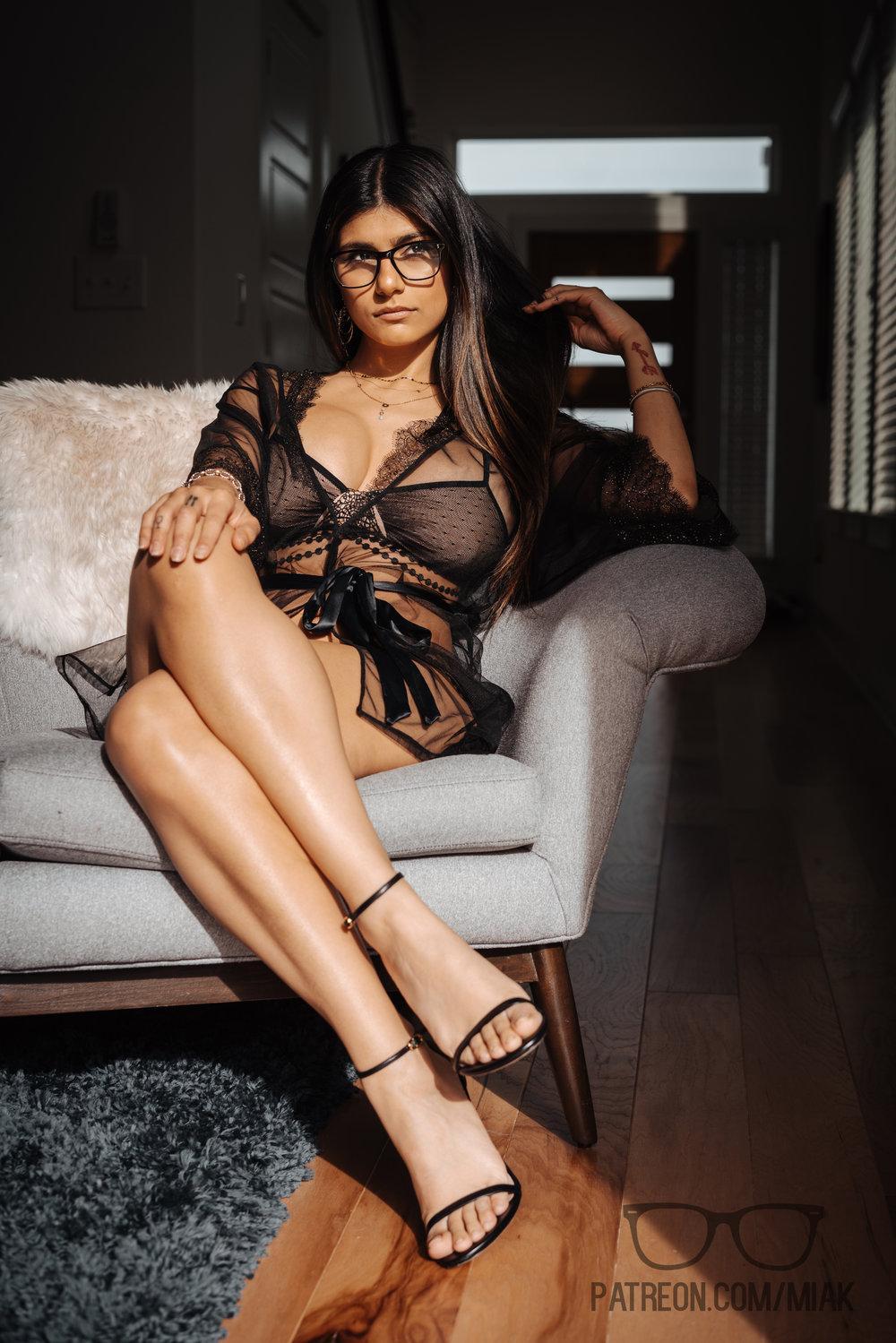 Mia Khalifa Lingerie Stiletto Heels Photoshoot Leaked 0025